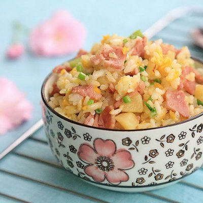 ·土豆培根炒饭·