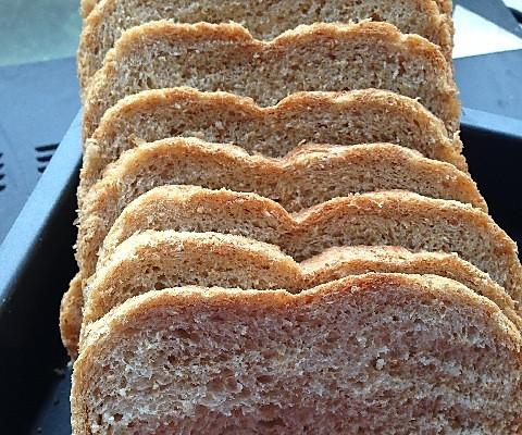 面包机版全麦面包的做法