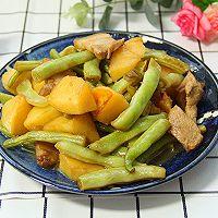 五花肉土豆芸豆炖的做法图解12
