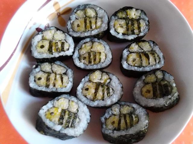 可爱的小蜜蜂寿司就完工了