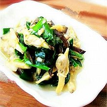 【韭菜炒蛤肉】