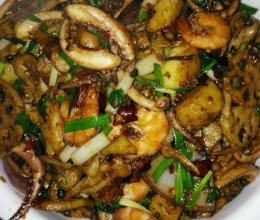 干锅香辣虾和鱿鱼须的做法