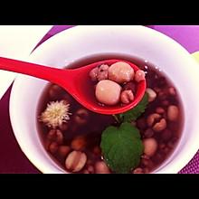 莲子薏米红豆汤