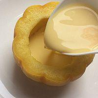 美妙的夏日甜品:小南瓜蒸蛋奶的做法图解8