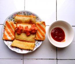 油炸小食(鱼排 蟹排 香肠)的做法