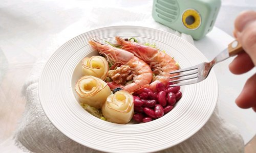 爱你的每一天,亲手做早餐,苹果玫瑰卷的做法
