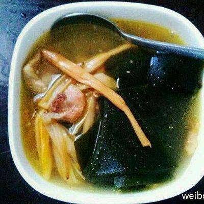 黄花菜海带汤
