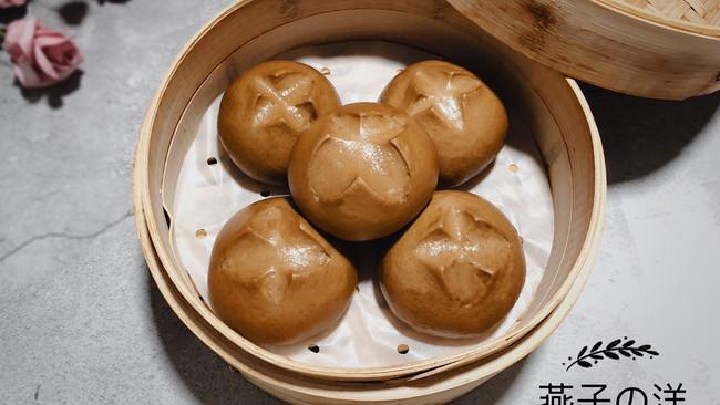 #精品菜谱挑战赛#开花红糖馒头的做法