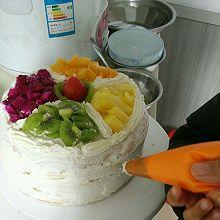 水果夹层生日蛋糕