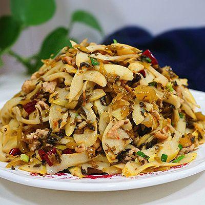 咸菜肉丝儿炒笋