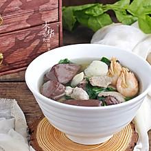 #520,美食撩动TA的心!#猪血汤早餐