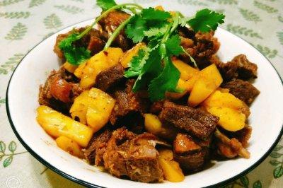 菠萝炒鸭肉