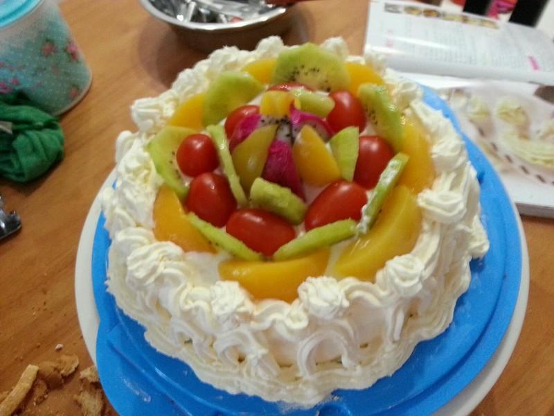 蛋糕的做法_【图解】蛋糕怎么做好吃_小小可爱恩恩