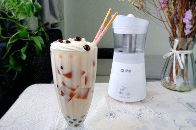 冰爽奶盖茶冻奶茶,茶香与奶香在舌尖舞动