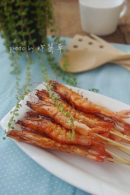 叉烧串串虾的做法