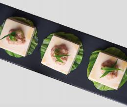 四季如春的豆腐酿肉糜的做法