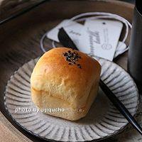 奶香十足的手抓老面包