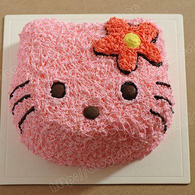 """萌翻你的""""喵星人""""KITTY生日蛋糕"""