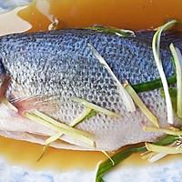 【低热量】清蒸鲈鱼的做法图解3