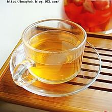 菠萝草莓水果茶