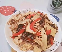 过度包装食材~竹笋炒肉丝的做法