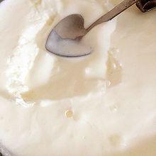 超简单酸奶冰激凌(无需多次搅拌)