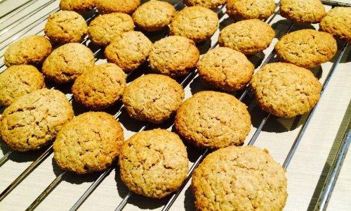 健康蜜蜂麦麸饼干的做法
