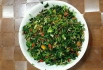 萝卜缨炒豆干丝的做法