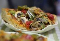 腊肉蘑菇披萨的做法