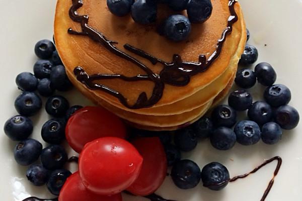 蓝莓酸奶松饼的做法