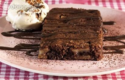 奥运西餐——巧克力苹果蛋糕的做法