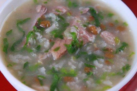 排骨绿豆青菜粥的做法