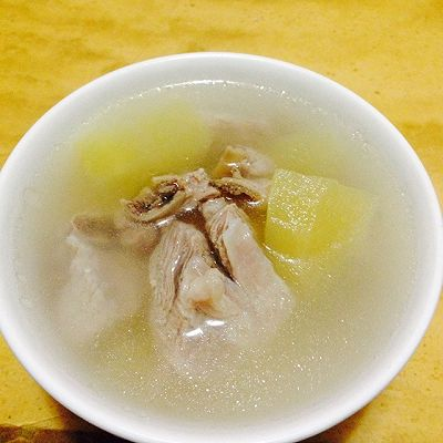 苹果排骨汤--冷风中的浪漫奇遇的做法 步骤1