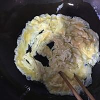 西红柿炒鸡蛋的做法图解7
