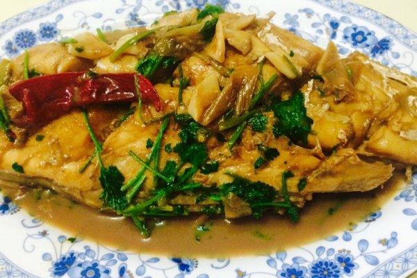 哈尔滨年夜饭必备大喜大牛肉粉试用之家焖海鱼的做法