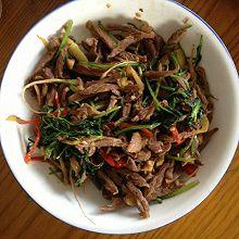 泡椒香菜牛肉