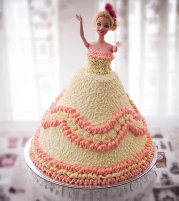 芭比娃娃奶油蛋糕