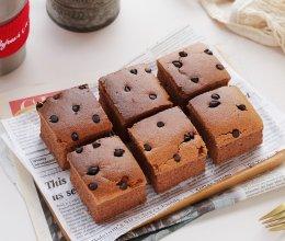 柔软细腻的巧克力古早味蛋糕的做法