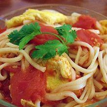 简易营养早餐——西红柿鸡蛋面