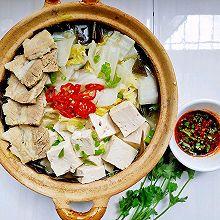 补钙佳品一一砂锅海带炖豆腐