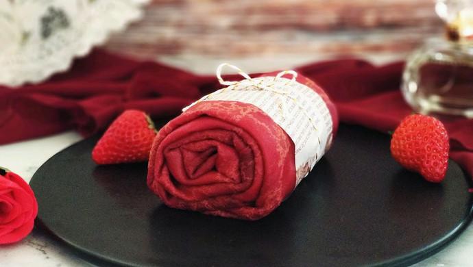 红丝绒缎面毛巾卷