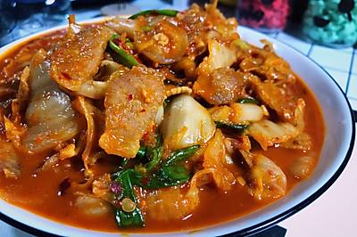 辣辣又爽口的下饭神器---简版辣白菜炒五花肉