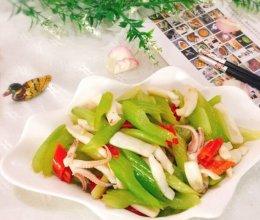 #精品菜谱挑战赛#西芹炒鱿鱼+春天的味道的做法
