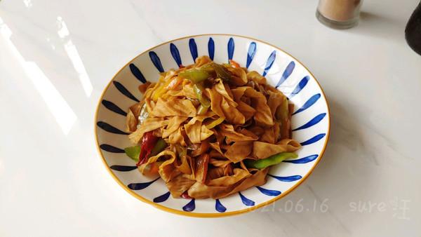 豉香尖椒焖豆皮的做法