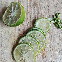 西瓜青柠饮#自己做更健康#的做法图解2