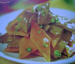 胡萝卜炒猪肝的做法