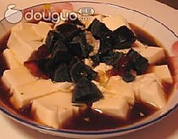 松花拌豆腐的做法