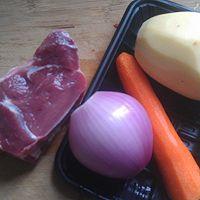 土豆炖牛肉的做法图解1