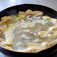 一刻钟做出一锅靓汤——简易版鸭血粉丝汤的做法图解6