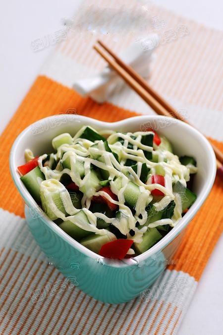 黄瓜沙拉的做法